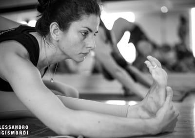 Alessandro-Sigismondi_Nea-Ferrier_Ashtanga-Yoga-Dubai_009