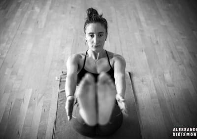 Alessandro-Sigismondi_Nea-Ferrier_Ashtanga-Yoga-Dubai_027