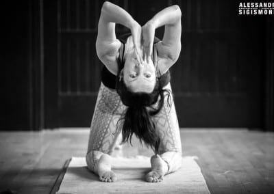Alessandro-Sigismondi_Nea-Ferrier_Ashtanga-Yoga-Dubai_031